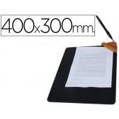 Porta notas com pin©a metalica e esferografica. 40x30x3 cm