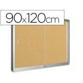Vitrina de parede com porta q-connect com 120 x 90 cm