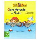 Clara aprende a nadar