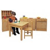 Mesa quadrada canto bonecas